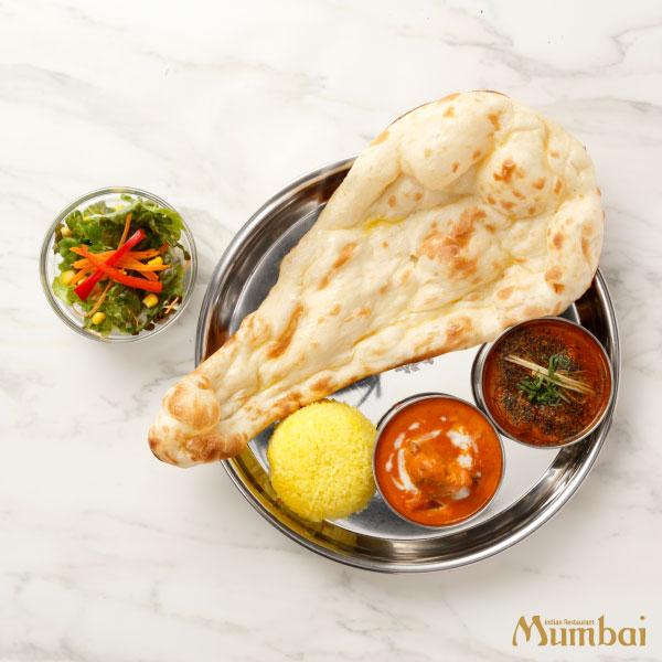 インドカレー&ナンムンバイ ダブルカレー&ナンセット