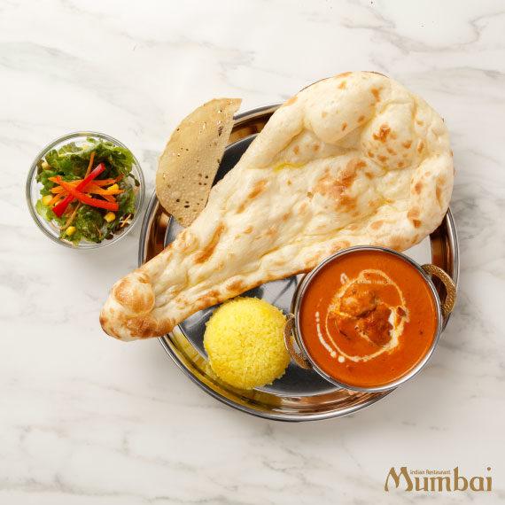 インド料理ムンバイ バターチキンとナン
