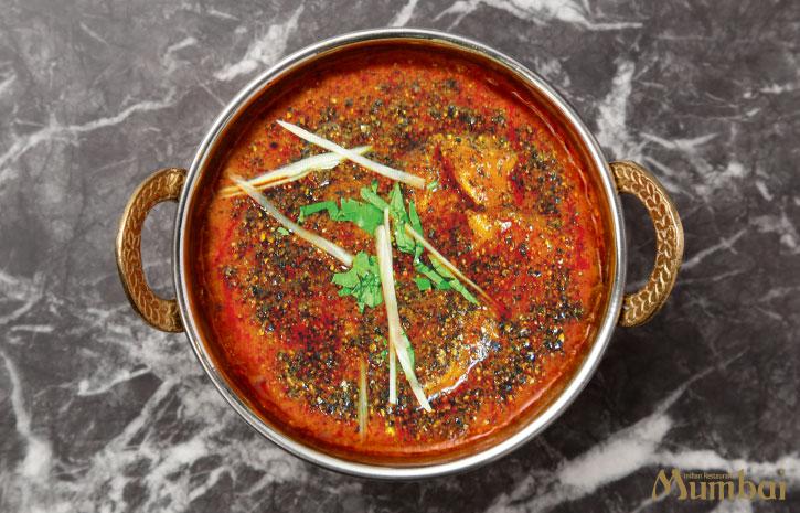 ブラックペッパーチキン インドカレー ランチ インド料理ムンバイ
