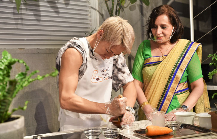 武尊 たける インド料理ムンバイ World Buzz Cooking